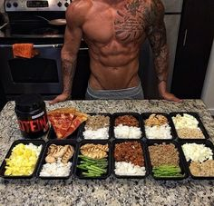 """brawnbrainybombshell: """"I just got these containers for meal prep and they are THE BEST. props to all the meal preppers """""""