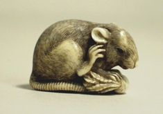 Okamoto Yoshitomo (Japanese) Rat and daikon radish, late 18th-early 19th century Ivory Japan