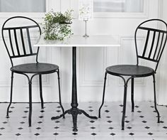 Cafe table and chairs that would look great in my cupcake shop. Cafe Tables, Cafe Chairs, Patio Chairs, Table And Chairs, Dining Chairs, Dining Room, Built In Kitchen Cupboards, Counter Height Table Sets, Comfortable Accent Chairs