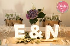 All the decoration and DIY of our country wedding - New Site Happy Emoticon, Wedding Decorations, Table Decorations, Wedding Videos, Love You More Than, Got Married, Our Wedding, Wedding Country, Marie