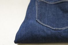 growing a minimalist wardrobe: blue jeans. – Reading My Tea Leaves – Slow, simple, sustainable living.