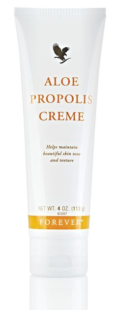 If you require a moisturiser that combines only the finest ingredients then look no further than the unique #Aloe Propolis Crème, with nourishing ingredients like Bee Propolis and Aloe Vera, your skin will thank you for the TLC. #BEE-autiful #AloeAloe