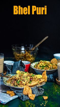 Bhel Puri (A Popular Indian Snack) - Shellie Deme Puri Recipes, Pakora Recipes, Paneer Recipes, Spicy Recipes, Vegetarian Recipes, Food Recipes Snacks, Yummy Recipes, Chicken Recipes, Indian Dessert Recipes