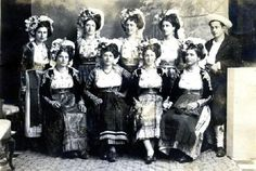 Traditional Dress of Corfu, Greece. Michael Chabon, Corfu Greece, Dance Costumes, Greek Costumes, Modern Dance, Human Emotions, Old Pictures, Traditional Dresses, Old World