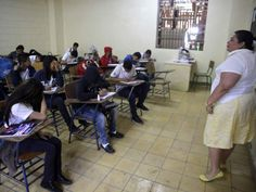Honduras: 400 lempiras costará la matrícula para estudiantes que van al programa Todos Podemos Avanzar.   http://www.elheraldo.hn/pais/1127676-466/honduras-400-lempiras-costar%C3%A1-la-matr%C3%ADcula-para-estudiantes-que-van-al-programa
