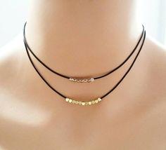 Gargantilla de cuero, dos filamentos collar gargantilla oro, cuero negro, doble gargantilla cadena, delicada gargantilla, perlas gargantilla, gargantilla de doble