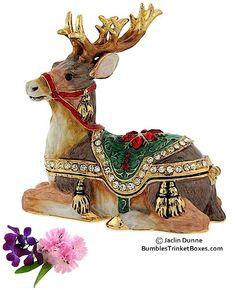 Trinket Box: Reindeer Lying Down. Christmas Nativity, Cozy Christmas, Reindeer Cakes, Jay Strongwater, Pandoras Box, Boyds Bears, Music Boxes, Pretty Box, Tiny Treasures