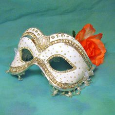 CUSTOM White Masquerade Ball Mask - Wedding Mask - Venetian Mask - Masquerade…