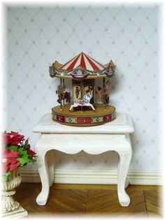 Carrousel miniature tutorial and pattern pdf