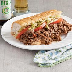 Roast beef Po & # Boys with rubble - Louisiana Cookin .- Roast beef Po & # Boys with rubble – Louisiana Cookin – Cooking – # - Sandwich Bar, Soup And Sandwich, Sandwich Ideas, Roast Beef Recipes, Meat Recipes, Cooking Recipes, Donut Recipes, Creole Cooking, Cajun Cooking