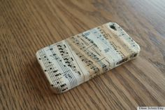 7 Inventive Sheet Music Crafts That Will Add Harmony To Any Home (PHOTOS)
