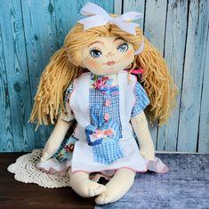 Lala ręcznie malowana - Dorotka - 50 cm #clothdoll, #doll #handmade #stuffed #toy @pracownia.malykoziolek Harajuku, Dolls, Fashion, Baby Dolls, Moda, Fashion Styles, Puppet, Doll, Fashion Illustrations