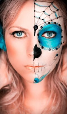 I'm a pin on Pinterest! Whoop whoop! Love this shot :) .....Day of the dead makeup by Danelle Wood