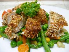 Sezam je nejen velmi chutný, ale také zdravý. Řízečky doplněné teplou zeleninou jsou vhodnou večeří, anebo jimi lze pohostit milou návštěvu. Více o receptu se dozvíte zde: https://www.facebook.com/ZdraveHubnuti/posts/756840377659739 Potřebujete zhubnout? Nyní konzultace s nutričním odborníkem za 200 Kč. Stačí kliknout: http://www.dietaprovas.cz/?utm_source=pinterest