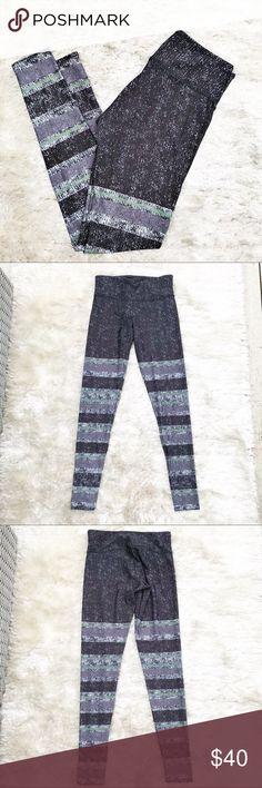 ONZIE Striped Space Dust Leggings Onzie full length leggings. Gray, black, blue and green striped pattern. Size small/medium. Onzie Pants Leggings