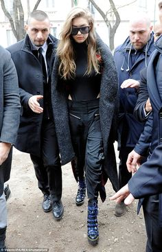 GIGI - 02/23/2017 GOING TO WALK IN MAX MARA AT MFW
