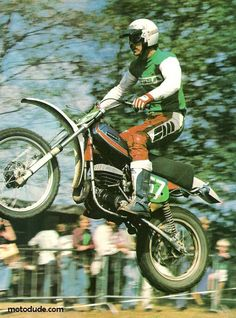 Ossa Phantom in flight, vintage dirt bikeing