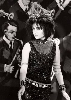 """Siouxsie Sioux in The Creatures' """"Right Now"""" video, 1983."""