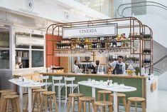 Eataly Paris has opened its doors in the Marais district. Restaurant Interior Design, Cafe Interior, Pizza Napolitaine, Paris, Food Court Design, Wood Fired Oven, Cafe Shop, Booth Design, Cafe Restaurant