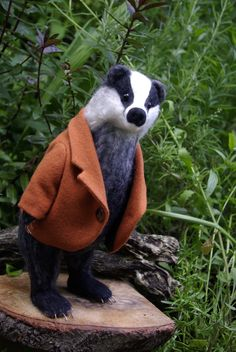 Mr Badger, needle felted merino wool.- Maria Zasedko