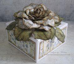 Vintage Floret Gift Box