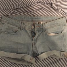 Cute & comfy shorts Worn once or twice American Apparel Shorts Jean Shorts