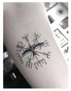 Scandinavian compass, want this tattoo!