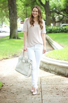 Kelly Elizabeth Style: Blush Pink! - blush linen oversized top: H&M; white skinny jeans: Citizens of Humanity; bag: Hamilton in Vanilla by Michael Kors; blush pink pumps: Dorothy Perkins; nail color: Fiji by Essie; lipstick: Golden Pink by Tarte Cosmetics