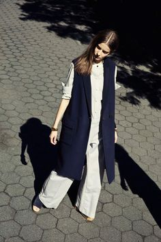 The long vest is a spring 2015 trend. This should be a staple in everyones wardrobe. Perfect for a curvy figure as it streamlines the body. Perfect addition to re-inspire your 9-5 uniform. Perfect transitional piece. What are you waiting for? #steetstyle #workwardrobe #9-5 #longvest #vest #spring2015 #spring #fashion #personalshopper #wardobestylist #torontofashion #trends