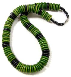 "Vintage Retro Boho Necklace Green & Black 21"" GREAT Condition NICE!"