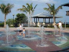 The Fountains at Indian RiverSide Park, Jensen Beach, Florida  Google Image Result for http://www.discovermartin.com/images/gallery-images/IndianRiversidePark-02-lg.jpg