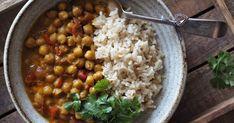 Cizrnové kari s kokosovým mlékem Chana Masala, Tofu, Quinoa, Indie, Healthy, Ethnic Recipes, Bulgur, Health