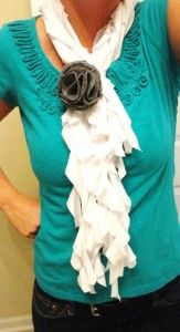tshirt scarf - I made one last night and it took literally only 30 min. SO EASY! Also turns out super cute - I've gotten so many compliments on my scarf today!