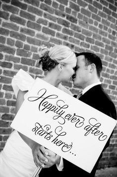 cool website with a bunch of cute wedding stuff!  Might take a picture like this for the thank you cards.