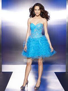 Blue Sweetheart A-line Beading/Ruffle Satin/Organza Short Cocktail Homecoming Dress  This site has a lot of pretty dresses!