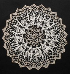 Mystery Doily (April 2010) | Flickr – Compartilhamento de fotos!