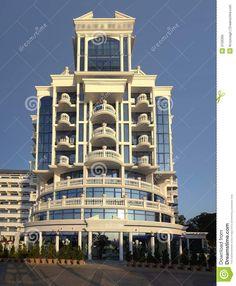 Bilderesultat for fancy buildings