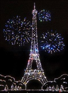 ╰☆╮HAPPY NEW YEAR!!♡♥❤️★ LET IT BE SPARKLY ❤️ *•.¸¸.•*`*•★ PARIS