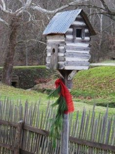 Log cabin birdhouse...