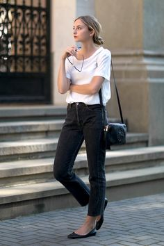 Le Fashion Blog Fall Blogger Style Blonde Low Bun Red Lips Slouchy White Tee Gucci Crossbody Bag Raw Hem Black Jeans Flats Via Fashion Mugging