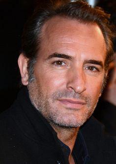 2011- Jean Dujardin -The artist-  George Valentin.