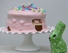 i love this...: Easter {Vanilla and Marshmallow} cake