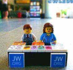 Lego Pioneers
