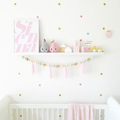 I was close to hugging the postman this morning, he delivered the perfect pair of crochet pears and this clever name jumble @almacustomdesigns print  #almacustomdesigns #shelfie #personalisedprint #siennasroom_ #winniedotlabel #pinkandgold #walleffect #girlsroomdecor #girlsnursery #pastels