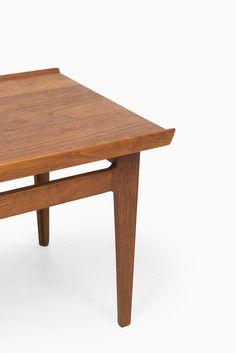 Finn Juhl side tables in teak by France & Søn at Studio Schalling