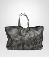 Shop Bottega Veneta® Women's LARGE TOTE BAG IN NEW LIGHT GREY INTRECCIOLUSION. Discover more details about the item.