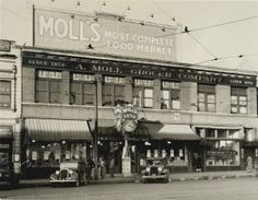 A. Moll Grocery Company, Delmar Boulevard at DeBaliviere Avenue. (1932) Missouri History Museum