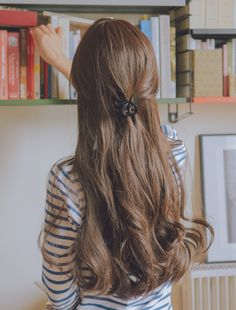 Pin by ぜんちゃん on 髪 色 Short Hairstyle, Pretty Hairstyles, Korean Hairstyle Long, Korean Long Hair, Hair Inspo, Hair Inspiration, Morning Inspiration, Coiffure Hair, Ulzzang Girl