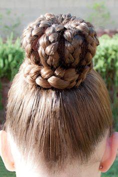 Princess Piggies: Royal Crown love the hairdo Princess Hairstyles, Crown Hairstyles, Little Girl Hairstyles, Party Hairstyles, Braided Hairstyles, Toddler Hairstyles, Updo Hairstyle, Wedding Hairstyles, Crown Royal