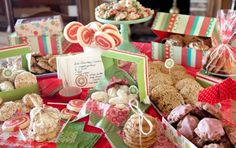 PAULA DEEN'S 25 Days of Holiday Cookies